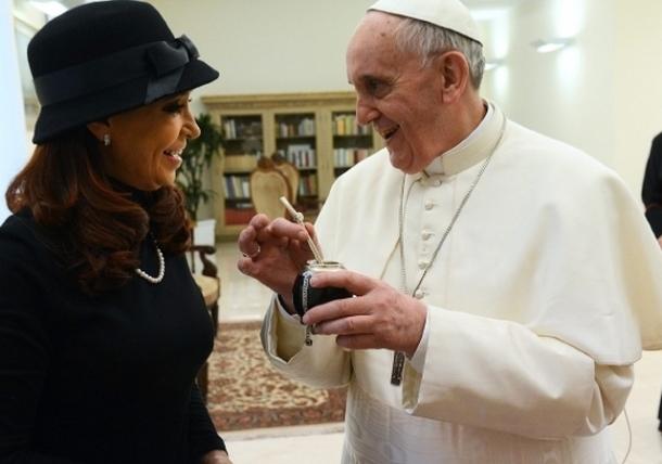 Cristina Fernández visita al Papa Francisco en el Vaticano